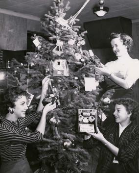 KUHT Christmas Tree
